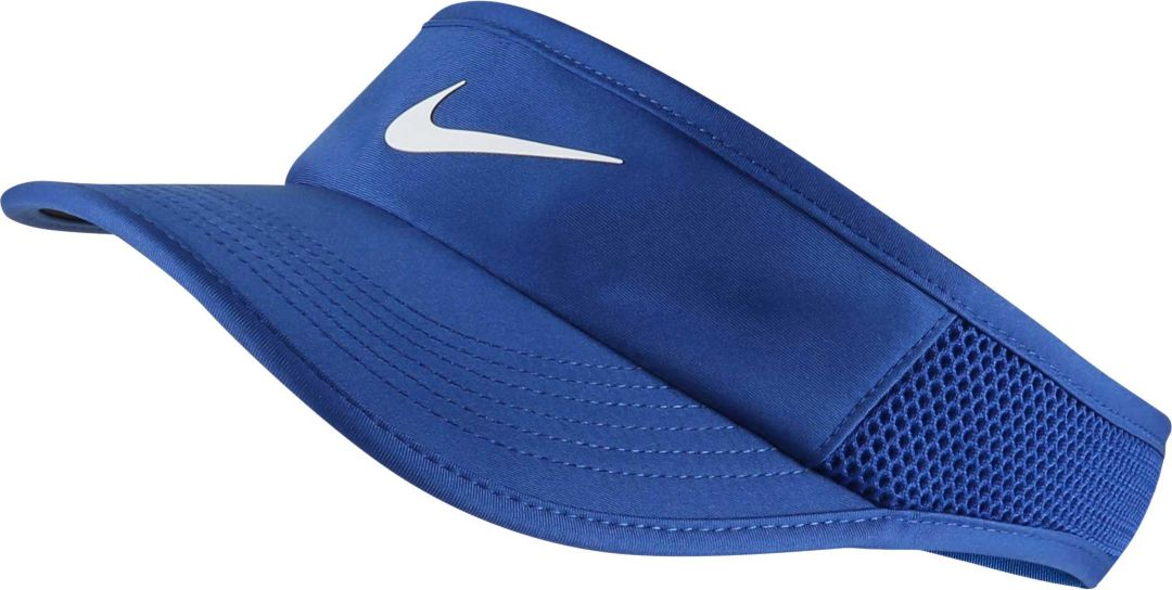 5e8f6ae59 NikeCourt Women's Featherlight AeroBill Tennis Visor