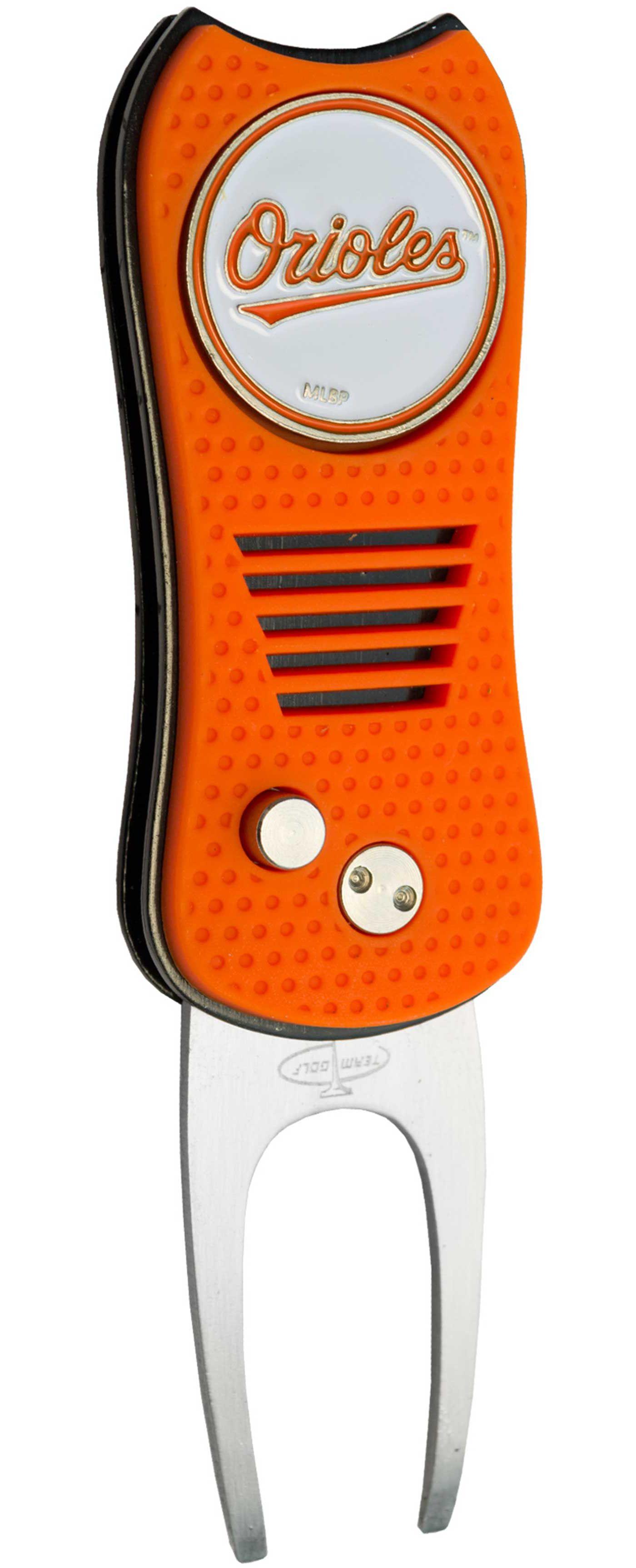 Team Golf Baltimore Orioles Switchfix Divot Tool