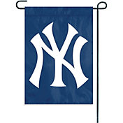 Party Animal New York Yankees Garden/Window Flag