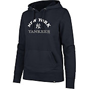 '47 Women's New York Yankees Headline Pullover Hoodie