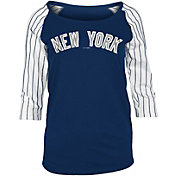 New Era Women's New York Yankees Three-Quarter Sleeve Shirt