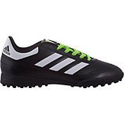 Adidas Soccer Shoe Stock Photos & Adidas Soccer Shoe Stock