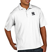 Antigua Men's New York Yankees Pique White Performance Polo