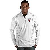 Antigua Men's Chicago Bulls Tempo White Quarter-Zip Pullover
