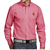 Antigua Men's Oklahoma Sooners Crimson Associate Button Down Long Sleeve Shirt