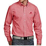 Antigua Men's Wisconsin Badgers Red Associate Button Down Long Sleeve Shirt