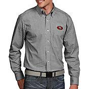Antigua Men's San Francisco 49ers Associate Button Down Dress Shirt