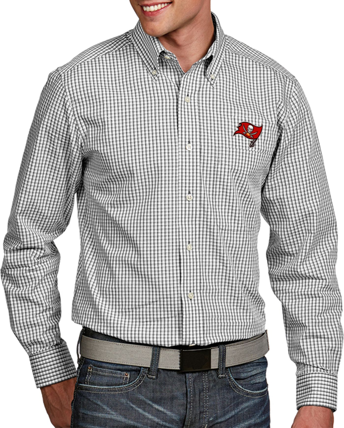 Antigua Men's Tampa Bay Buccaneers Associate Button Down Dress Shirt