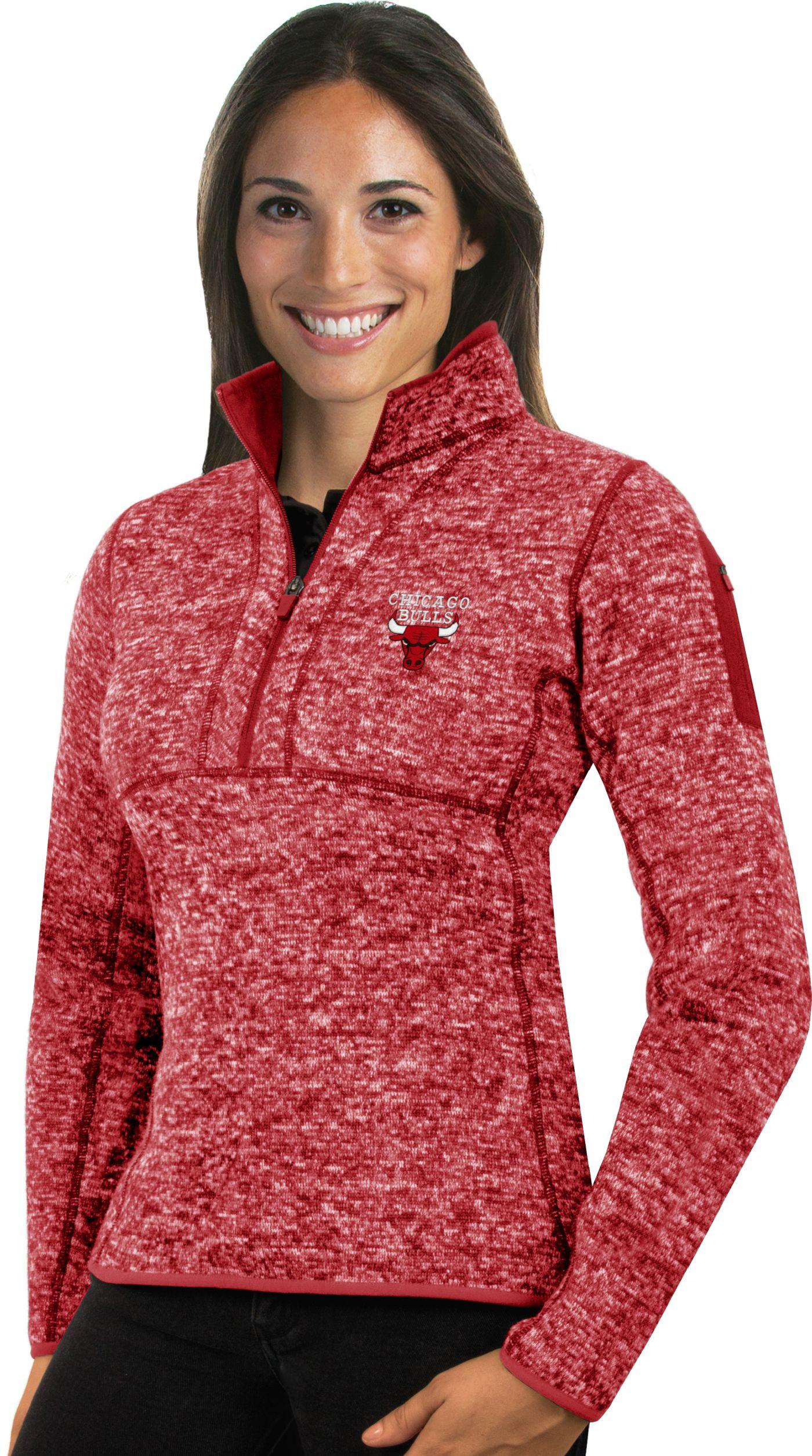 Antigua Women's Chicago Bulls Fortune Red Half-Zip Pullover