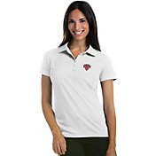 Antigua Women's New York Knicks Xtra-Lite White Pique Performance Polo