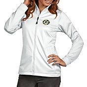 Antigua Women's Green Bay Packers Quick Snap Logo White Golf Jacket