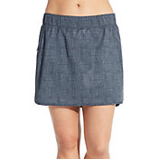CALIA by Carrie Underwood Women's Anywhere Printed Woven Skort