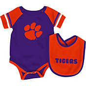 Colosseum Infant Clemson Tigers Roll-Out Onsie And Bib Set