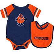 Colosseum Infant Syracuse Orange Orange Roll-Out Onsie And Bib Set