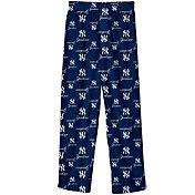 Kids' Yankees Apparel