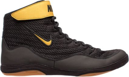 5822958a192 Nike Men s Inflict 3 Wrestling Shoes