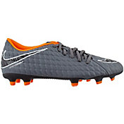 Nike Phantom 3 Club FG Soccer Cleats