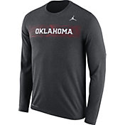 Jordan Men's Oklahoma Sooners Grey Dri-FIT Legend Long Sleeve Sideline Tee