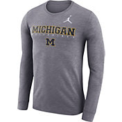 Jordan Men's Michigan Wolverines Gry Football Dri-FIT Facility Long Sleeve T-Shirt
