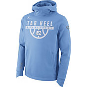Jordan Men's North Carolina Tar Heels Carolina Blue Basketball Performance Elite Hoodie