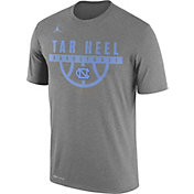 Jordan Men's North Carolina Tar Heels Grey ELITE Basketball Legend T-Shirt