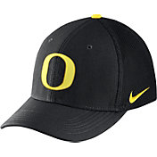 Nike Men's Oregon Ducks Black Aerobill Swoosh Flex Classic99 Hat