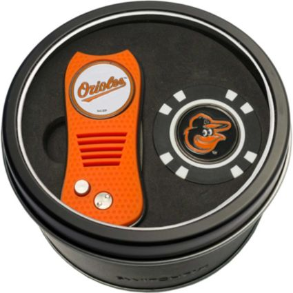 Team Golf Baltimore Orioles Switchfix Divot Tool and Poker Chip Ball Marker Set