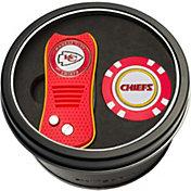 Team Golf Kansas City Chiefs Switchfix Divot Tool and Poker Chip Ball Marker Set