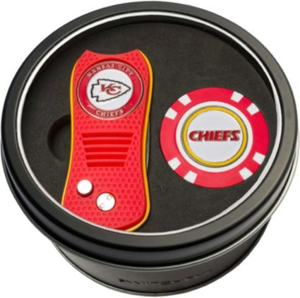 Team Golf Kansas City Chiefs Switchfix Divot Tool and Poker Chip Ball Marker Set