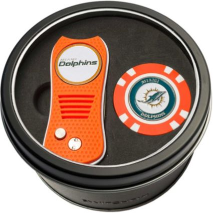 Team Golf Miami Dolphins Switchfix Divot Tool and Poker Chip Ball Marker Set