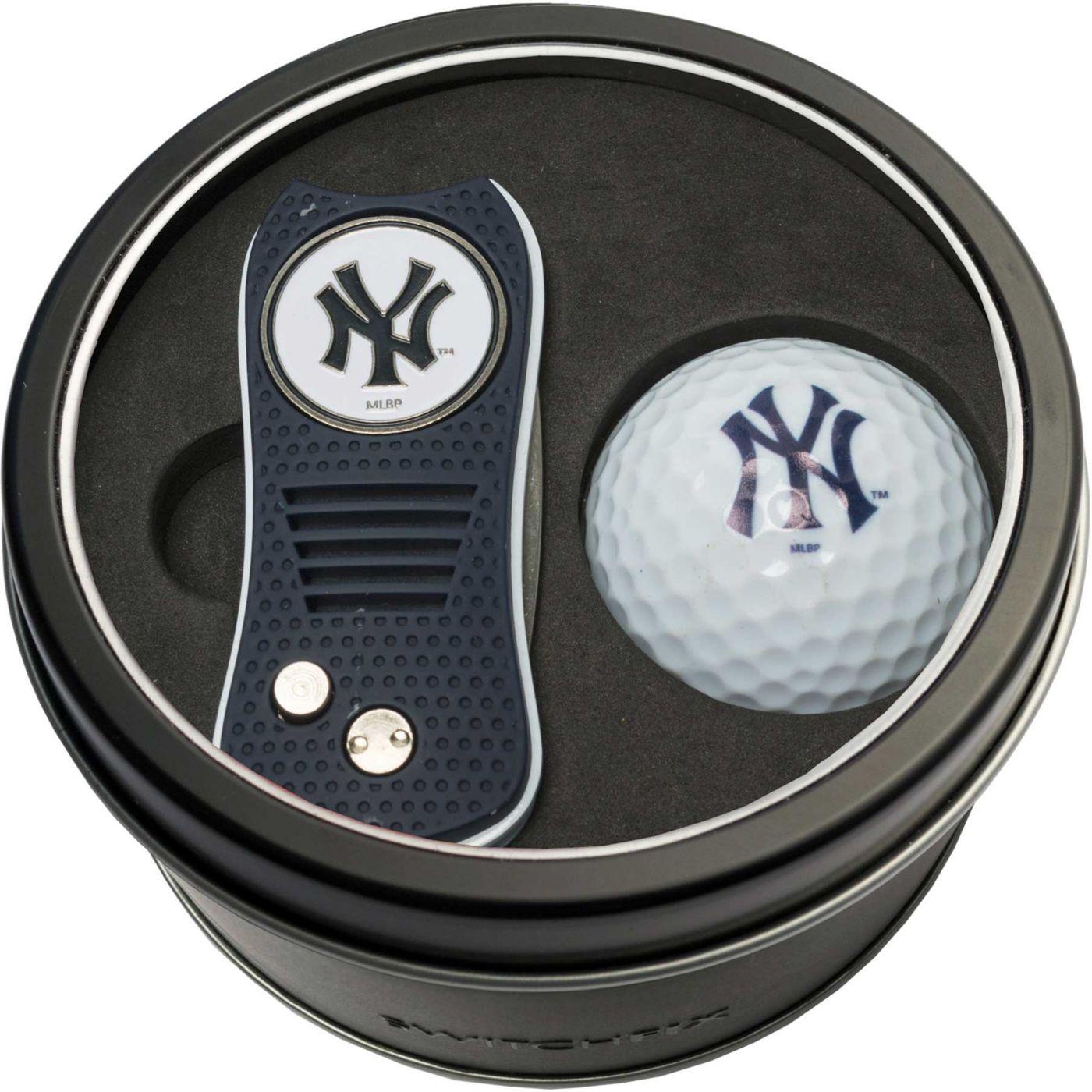 Team Golf New York Yankees Switchfix Divot Tool and Golf Ball Set