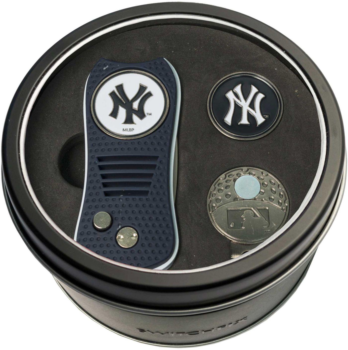 Team Golf New York Yankees Switchfix Divot Tool and Cap Clip Set