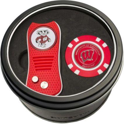 Team Golf Wisconsin Badgers Switchfix Divot Tool and Poker Chip Ball Marker Set