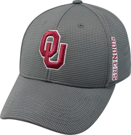separation shoes 80fc9 f3a60 Top of the World Men s Oklahoma Sooners Crimson Booster Plus 1Fit Flex Hat