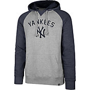 '47 Men's New York Yankees Raglan Pullover Hoodie