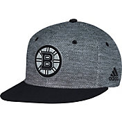 adidas Men's Boston Bruins Flat Brim Heather Grey/Black Flex Hat