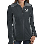 Antigua Women's New York Yankees Revolve Grey Full-Zip Jacket