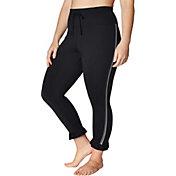 Betsey Johnson Women's Plus Size Mesh and Ruffle 7/8 Leggings
