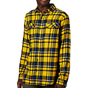 Columbia Men's West Virginia Mountaineers Blue Plaid Flare Gun Flannel Long Sleeve Button Down Shirt