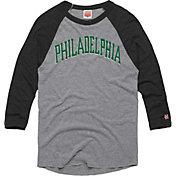 HOMAGE Men's Philadelphia Arch Grey Raglan T-Shirt