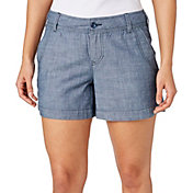 Field & Stream Women's Signature Chambray Shorts