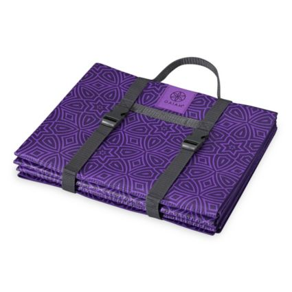 Gaiam On The Go Foldable Yoga Mat Dick S Sporting Goods
