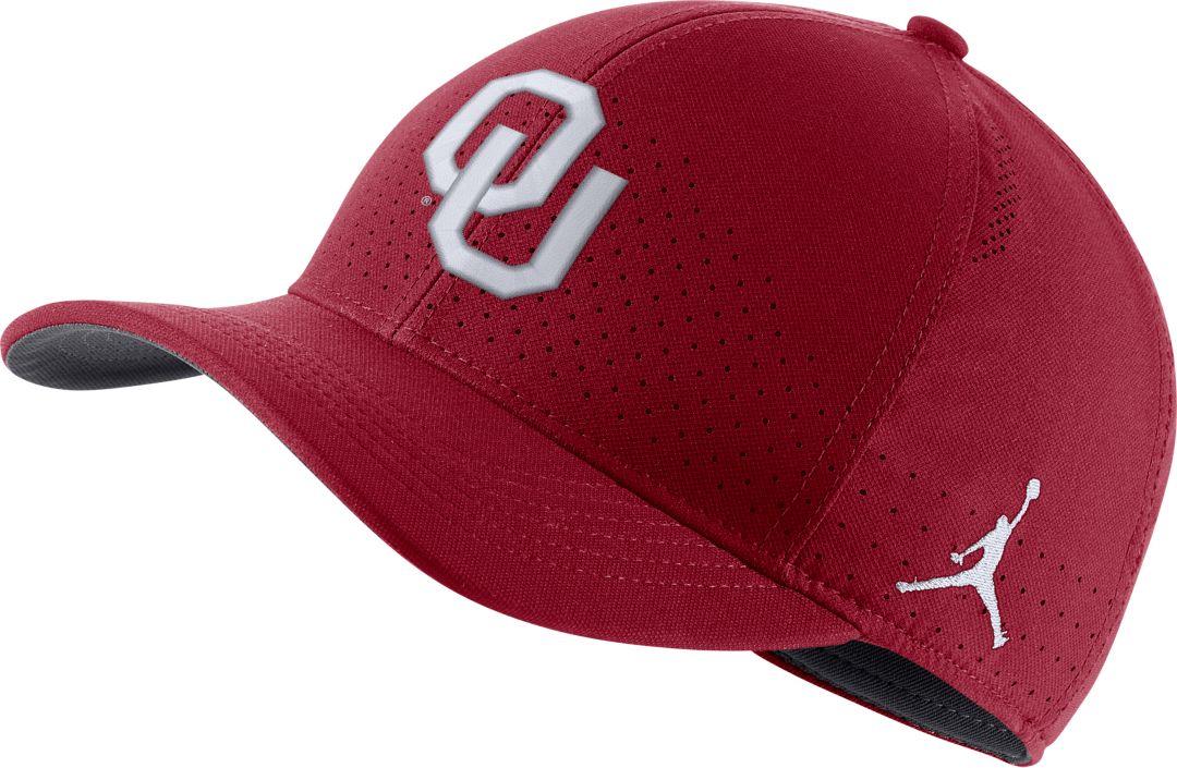 Jordan Men S Oklahoma Sooners Crimson Aerobill Classic99 Football Sideline Hat