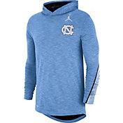 Jordan Men's North Carolina Tar Heels Carolina Blue Cotton Long Sleeve Hoodie T-Shirt