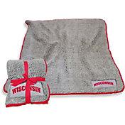 Wisconsin Badgers Frosty Fleece Blanket