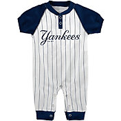 Majestic Newborn New York Yankees Onesie