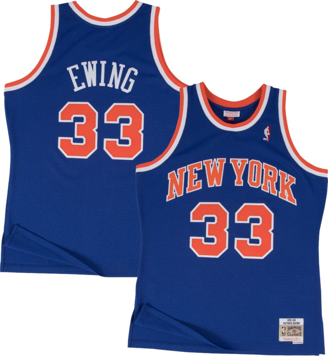 detailed look 14de8 5318f Mitchell & Ness Men's New York Knicks Patrick Ewing #33 Hardwood Classics  Swingman Jersey