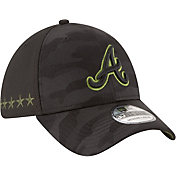 New Era Men's Atlanta Braves 39Thirty 2018 Memorial Day Stretch Fit Hat