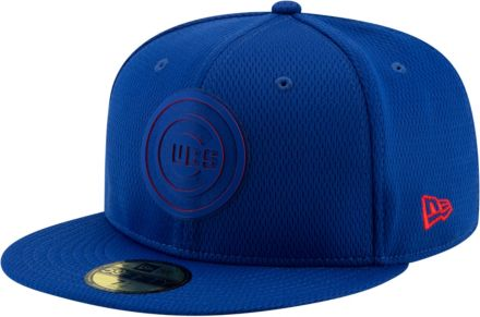 sports shoes ab9e9 4161e New Era Men s Chicago Cubs 59Fifty Clubhouse Royal .