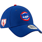 19f9a8a9b55 Product Image · New Era Men s Chicago Cubs 39Thirty HexTech 2019 Spring  Training Stretch Fit Hat